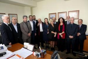 Ο Πρόεδρος της Βουλής Νίκος Βούτσης και ο υπουργός Ψηφιακής Πολιτικής, Τηλεπικοινωνιών και Ενημέρωσης Νίκος Παππάς μαζί με τον πρόεδρο τον αντιπρόεδρο και τα μέλη του Εθνικού Συμβουλίου Ραδιοτηλεόρασης , Δευτέρα 28 Νοεμβρίου 2016. Πραγματοποιήθηκε, στην έδρα του ΕΣΡ, η ορκωμοσία των νέων μελών του Εθνικού Συμβουλίου Ραδιοτηλεόρασης παρουσία του Προέδρου της Βουλής Νίκου Βούτση και του Υπουργού Ψηφιακής Πολιτικής, Τηλεπικοινωνιών και Ενημέρωσης Νίκου Παππά. ΑΠΕ-ΜΠΕ/ΑΠΕ-ΜΠΕ/Παντελής Σαίτας